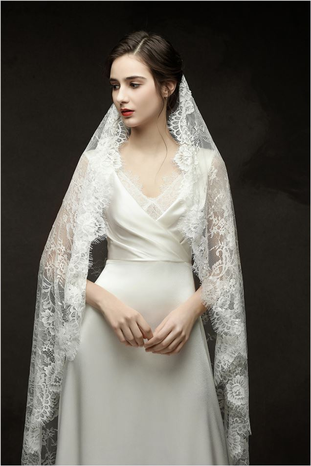 tulle and lace simple design wedding dress